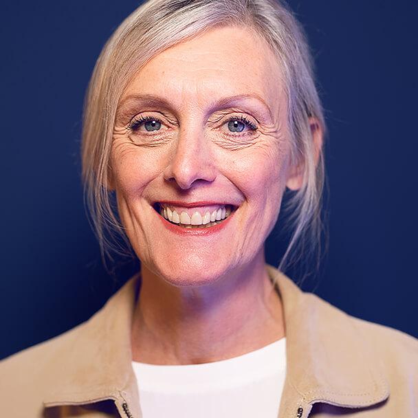 Porträt von Monika Queisser