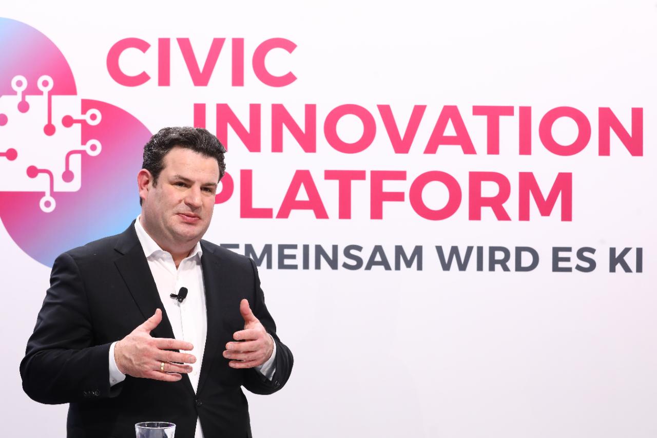 Bundesarbeitsminister Hubertus Heil zu Gast bei der ersten Preisverleihung der Civic Innovation Platform