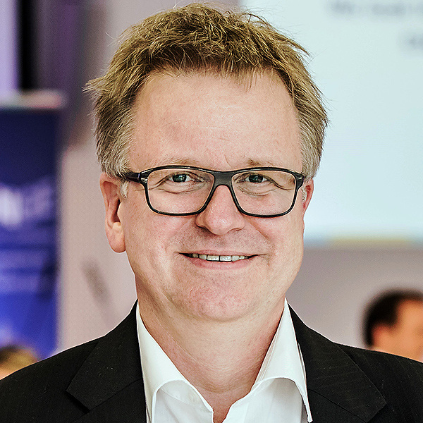 Portrait von Dr. Bernhard Albert
