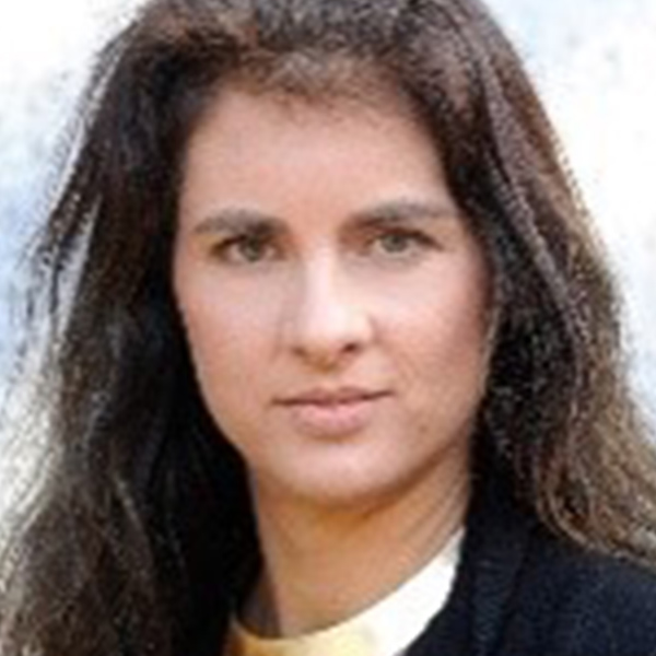 Portrait von Olivia Erdelyi
