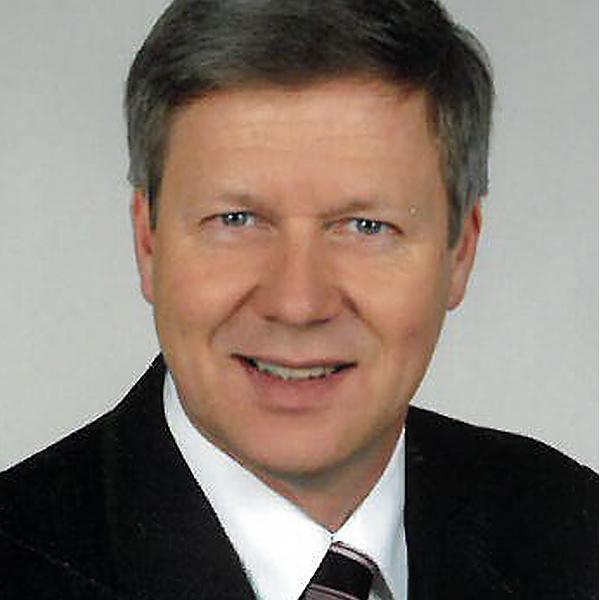 Portrait von Dr. Peter Gillich